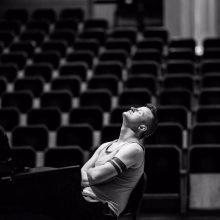 Muzikinės Kalėdos ir meilės trikampis: apie operą, svajones ir artėjančias šventes