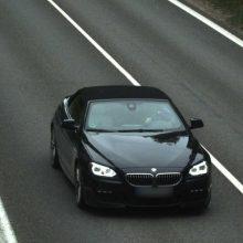 Rekordininkas: 51 kartą greitį viršijęs BMW vairuotojas teisės vairuoti neprarado – atsipirko bauda