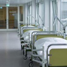 Pusę kūno apdegusi moteris mirė ligoninėje