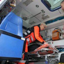 Biržuose susidūrė motociklas ir elektrinis triratis, vienas žmogus ligoninėje