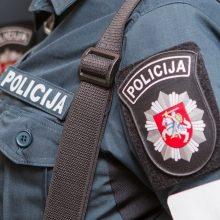 Antradienį policija sulaukė daugiau nei 300 pranešimų dėl karantino pažeidimo