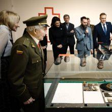 """Partizanų uniformų paroda """"Laisvės kariai"""" atnaujinama savaitgaliui"""