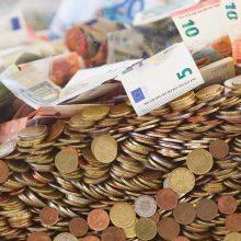 Lietuvos bankas: minimalus mėnesio atlyginimas kitąmet galėtų augti 62 eurais