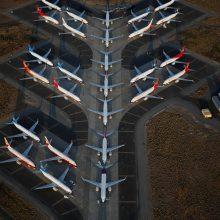 """""""Boeing"""" koncernas pradeda mokėti kompensacijas aviakatastrofų aukų artimiesiems"""
