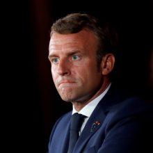 """E. Macronas ragina V. Putiną atskleisti tiesą apie """"pasikėsinimą nužudyti"""" A. Navalną"""