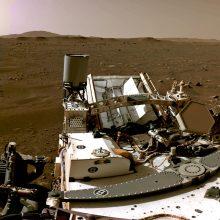 """NASA paskelbė pirmąjį garso įrašą iš Marso ir """"Perseverence"""" nusileidimo vaizdo įrašą"""