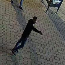 Šiaulių policija prašo pagalbos – gal atpažįstate šį vyrą?
