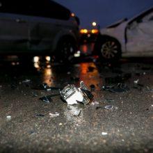 Trečiadienį keliuose pasipylė avarijos: nukentėjo du žmonės