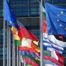Lenkija perspėja Europos Sąjungos šalis dėl suartėjimo su Rusija