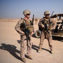 Talibanas skelbia išsprendęs su JAV nesutarimus dėl karių išvedimo iš Afganistano