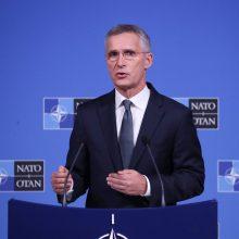 J. Stoltenbergas: NATO didins pagalbą Ukrainai