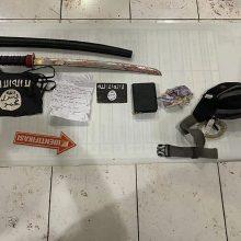Indonezijoje kardu ginkluotas kovotojas nužudė policininką ir buvo nukautas