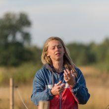 """Aistra: O.Choršokova gali nesustodama kalbėti apie arklių priežiūrą ir pasakoti apie kiekvieną iš """"Arklių slėnio"""" gyventojų."""