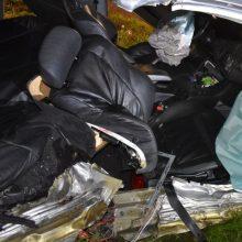 Savaitė šalies keliuose: žuvo keturi žmonės, 46 – sužeisti