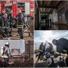 Gaisras Alytuje palaužė net stipriausius: ligoninėje atsidūrė du ugniagesiai