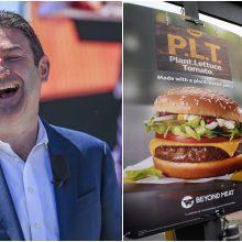 """""""McDonald's"""" generalinis direktorius priverstas trauktis dėl tarnybinio romano"""