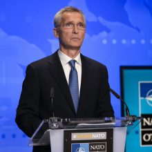 NATO vadovas žada nepamiršti paliktų afganistaniečių