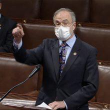 JAV: kongresmenas respublikonas mėgino įsinešti pistoletą į posėdžių salę