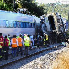 Portugalijoje greitasis traukinys nuriedėjo nuo bėgių: du žmonės žuvo, 50 – sužeisti