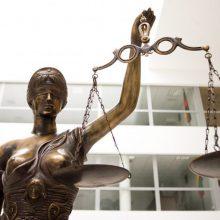 Teismas nelegalių rūkalų turėjusį rokiškėną nuteisė dėl neteisėto praturtėjimo