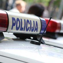 Jurbarke siaučia plėšikai: įsibrovę į ūkinį pastatą pavogė 200 litrų degalų