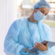 Ligoninėse dėl COVID-19 gydomi 322 žmonės, 31 iš jų – reanimacijoje