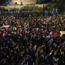 Kinija kaltina Didžiąją Britaniją remiant Honkongo protestuotojus
