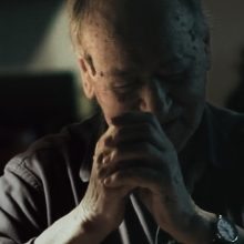 Filmas, atskleidęs kitą J. Meko gyvenimo pusę: ji – tamsi ir niūri