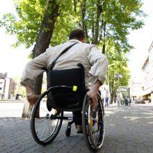 Beveik pusė šalies darbuotojų netiki, kad kartu su jais galėtų dirbti ir neįgalieji
