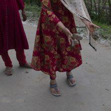 Šiurpu: po grupinio išprievartavimo Indijoje mirė devyniolikmetė