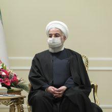"""Irano prezidentas ragina Europą vengti """"grasinimų ar spaudimo"""""""