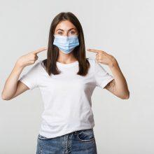 Virusologė: svarbu ne tik kaukės, bet ir tinkamas jų dėvėjimas