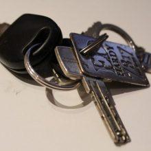 Širvintose pažįstamas vyras iš moters atėmė automobilio raktelius ir išvažiavo