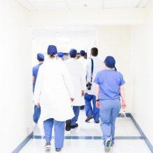 SAM: visi sveikatos priežiūros specialistai turės įgyti licencijas