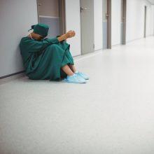 Po medikės savižudybės – diskusija apie mobingą darbe: atsiras specialus inspektorių skyrius