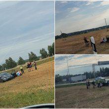 Eismo įvykis Panevėžyje: girtas vairuotojas nuvažiavo nuo kelio