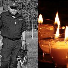 Nušauto pareigūno laidotuves organizuoja policija, renkama parama šeimai