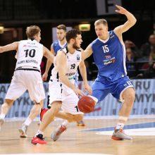NKL savaitės naudingiausias krepšininkas V. Šarakauskas: žaidžiu sukandęs dantis
