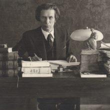 P. Vaičiūnas – pirmasis Lietuvos profesionalaus teatro dramaturgas