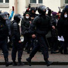 Aktyvistai: Baltarusijoje savaitgalį per protestus sulaikyta daugiau nei 150 žmonių