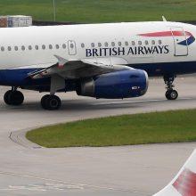 """Prasidėjo """"British Airways"""" pilotų streikas, atšaukti beveik visi skrydžiai"""