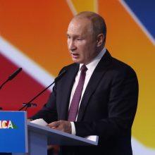 V. Putinas: Rusija siekia per penkmetį padvigubinti prekybos su Afrika apimtis