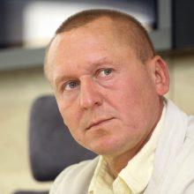 Seimas atmetė P. Čimbaro siūlymą alkoholį parduoti kasdien iki 20 val.