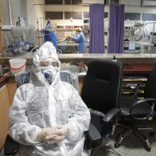Irane – 117 naujų mirčių nuo koronaviruso, bendras aukų skaičius viršijo 2,7 tūkst.