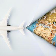 Į užsienį trečią ketvirtį keliavo beveik 73,6 proc. mažiau turistų nei pernai