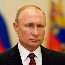 """V. Putinas: antradienį baigiamas dėl koronaviruso paskelbtas """"nedarbo laikotarpis"""""""