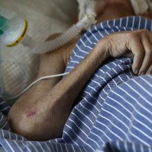 Ligoninėse dėl koronaviruso gydoma trylika žmonių