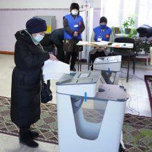 Kirgizijoje vyksta prezidento rinkimai