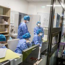Ligoninėse gydomi 992 COVID-19 pacientai, iš jų 95 – reanimacijoje