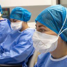 Ligoninėse šiuo metu gydomi 407 COVID-19 pacientai, iš jų 58 – reanimacijoje